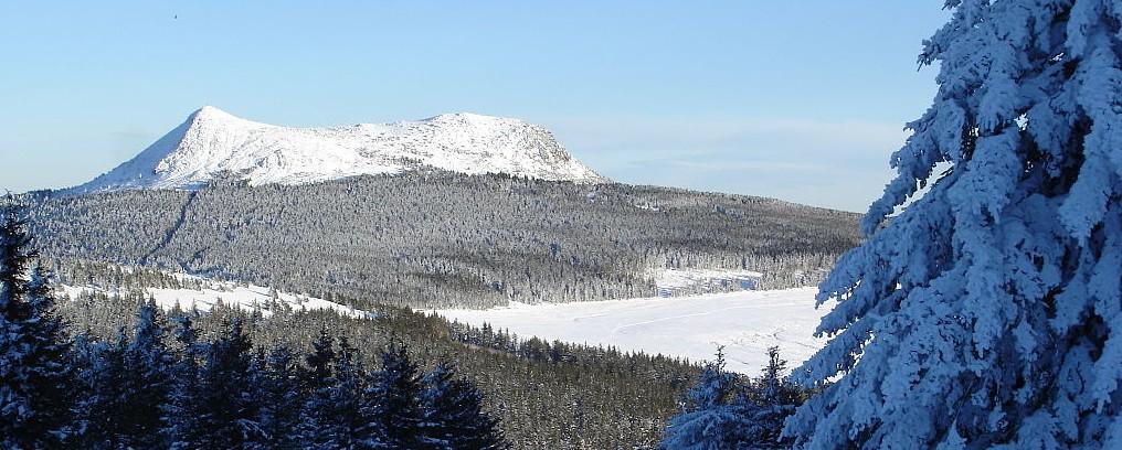 Skigebiete Auvergne: der Mont Mézenc zählt zu den höchsten Erhebungen überhaupt. (#6)